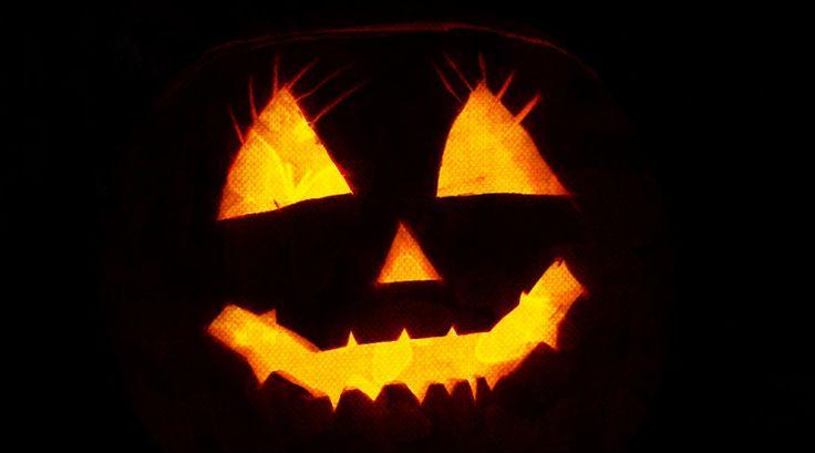 Las mejores apps para celebrar Halloween || Halloween es el momento perfecto para desempolvar los libros de cuentos de terror, recordar leyendas urbanas y creer en los espíritus. Desde hace un tiempo, http://www.trecebits.com.ridder.co/ONkYJv