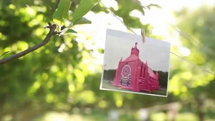 #Youtube Roze opblaasbare kerk