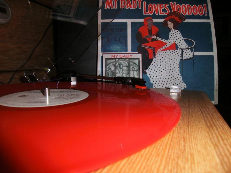 Loves Voodoo Vinyl !