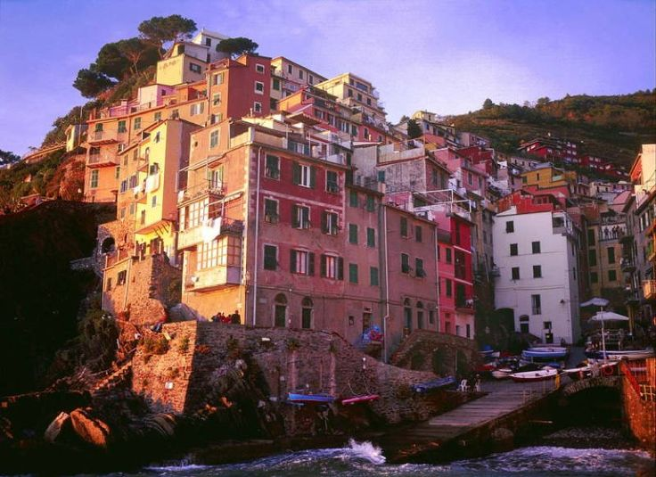 Riomaggiore, Italy: Major Cities, Interesting Site, Interesting Shared, Wishlist Europe, Colors Cities, Todd Adam, Travel Wishlist, Arches Int