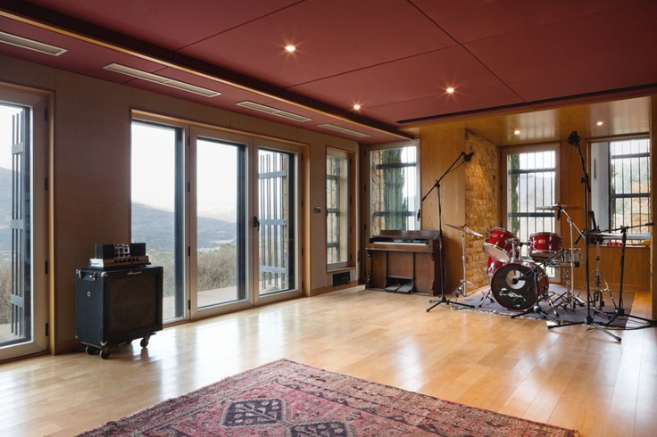 The El Mirador recording studio live room   http://www.miloco.co.uk/studios/el-mirador/studio-overview/