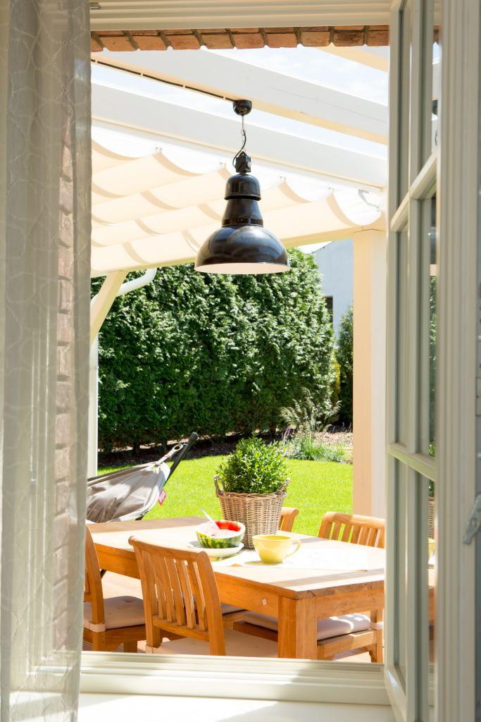 Outdoor wooden sitting with Ebolicht outdoor lamp. #ebolicht #outdoor #design