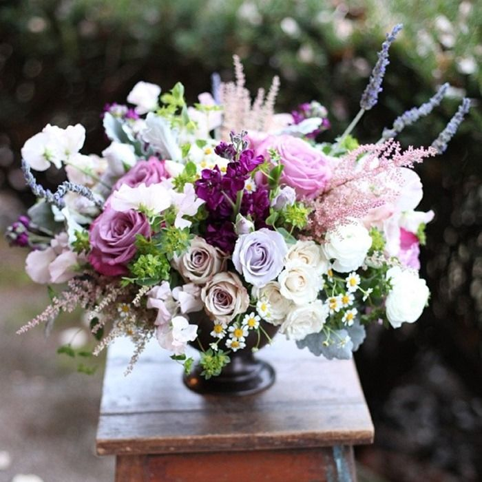 the  best purple flower arrangements ideas on   stock, Beautiful flower