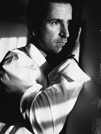 Anthony LaPaglia by Nigel Parry