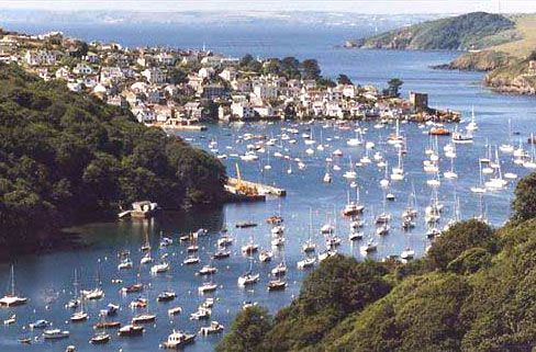 Google Image Result for http://www.bridgepoolcottage.com/pictures/fowey.jpg