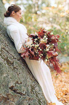 oak leaf rust bouquet autumn wedding event party inspiration flowers