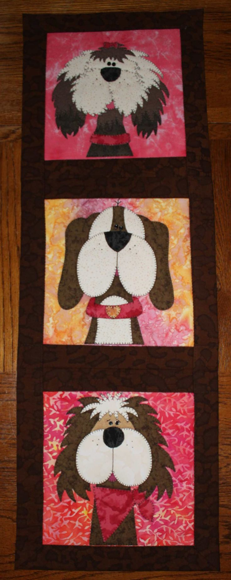 Funny dogs applique wall hanging.  Dog quilt.