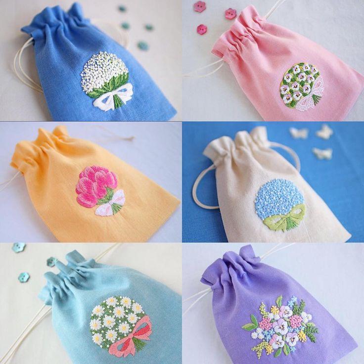いいね!630件、コメント9件 ― @yula_handmade_2008のInstagramアカウント: 「* . 夏らしい清々しいカラーのミニ巾着をまとめてみました。 みんな花束刺繍ですね。 . たまに自分の作ったものを振り返ると、 その時は気づかなかったことに気づいたり、…」