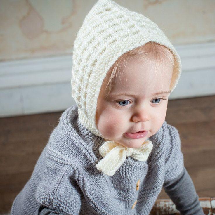 Acorn Lace Cream Bonnet