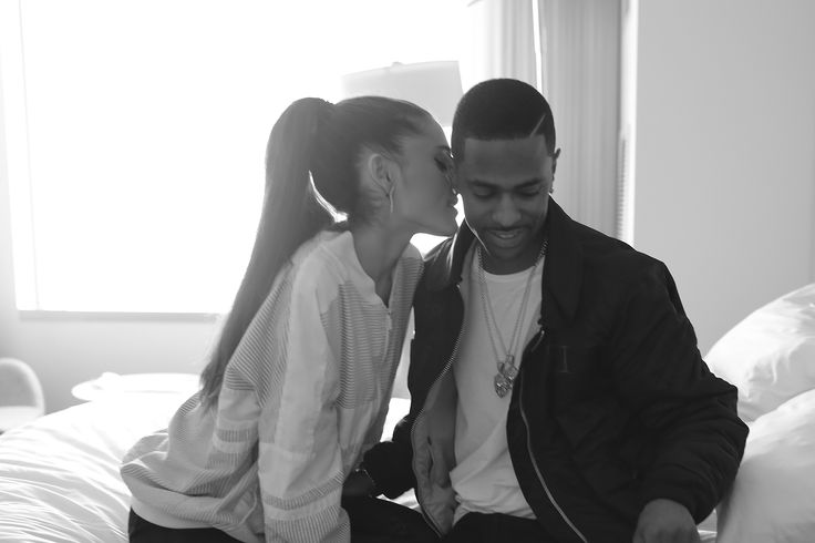 ARIANA AND BIG SEAN HAVE BROKE UP BC OF THEIR TOUR SCHEDULES BUT THEY STILL REMAIN AS REALLY CLOSE FRIENDS :( </3 I'm so fokin sad :(:(:(