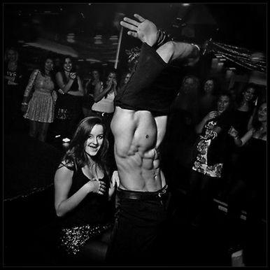 Striperi Iasi | Trupa de Striperi Iasi | Striptease Masculin Iasi Trupa de striperi profesionisti Funky Boys va ofera show-uri spectaculoase de striptease masculin pentru evenimente si petreceri in Iasi si nu numai. Striperii nostri sunt disponibili pentru rezervare in Iasi si in imprejurimi. Organizati petrecerea burlacitelor in Iasi? Perfect! Trupa de striperi Funky Boys va sta la dispozitie pentru organizarea de evenimente in Iasi. Detalii pe www.striperi.ro si la telefon 0767-773-473.