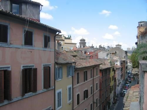Have a nice day at Piazza Navona Roma Situated 400 metres from Piazza Navona and 400 metres from Castel SantAngelo, Have a nice day at Piazza Navona offers accommodation in Rome. The property boasts views of the city and is 500 metres from SantAgostino.