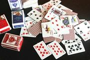 Dollhouse迷你家具6-12分娃娃小布食玩微型新仿真扑克牌