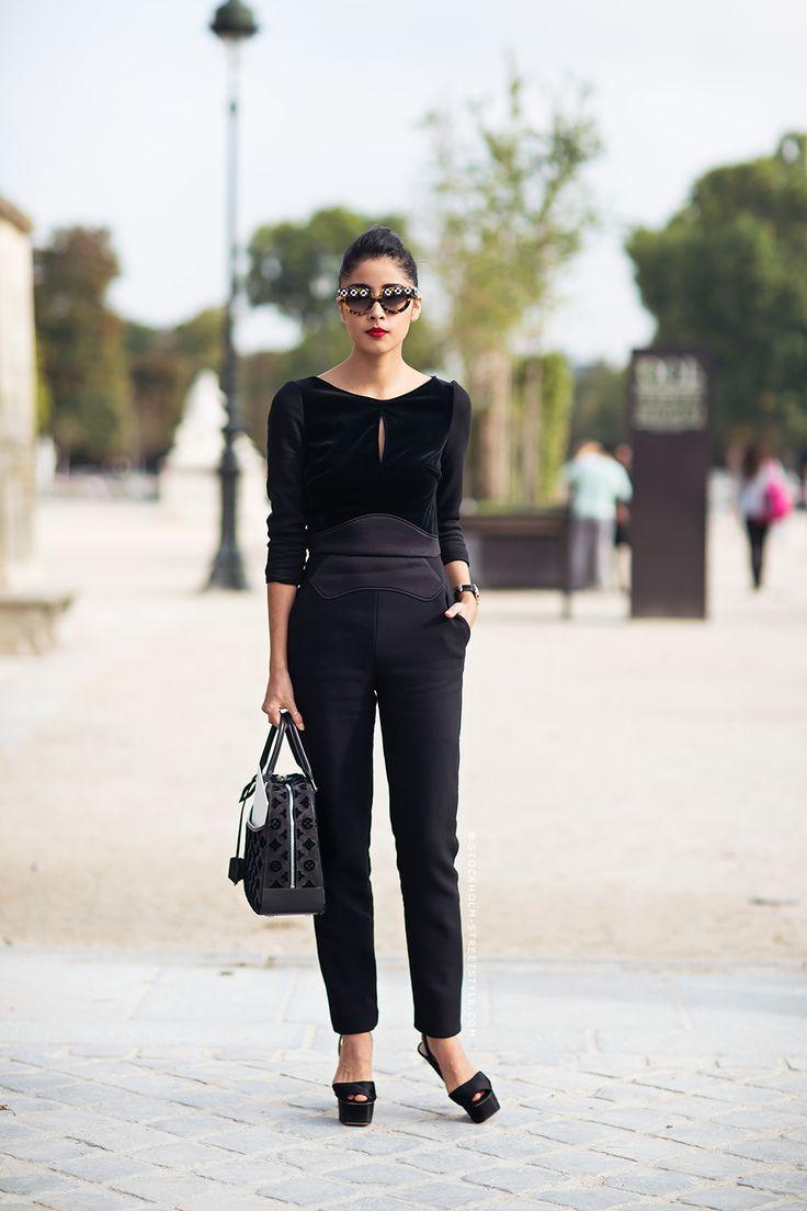 Denni looking totally fab. Paris. #DenniElias #ChicMuse