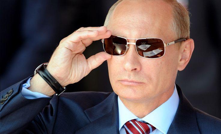В.В. Путин. Я читаю ваши мысли, и уже давно, и не только ваши.