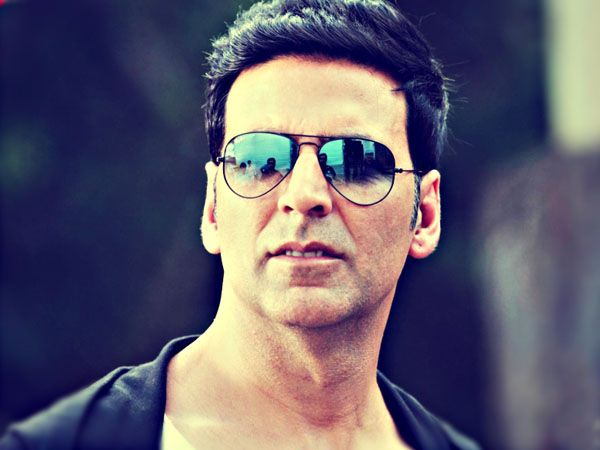 Akshay Kumar will be seen in a cameo in Rohit Dhawan's 'Dishoom'. The actor took to Twitter to reveal his look from