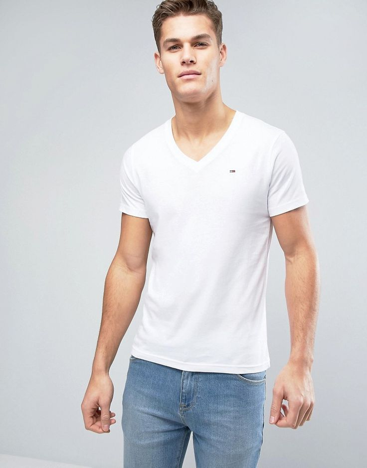 Get this Hilfiger Denim's knit t-shirt now! Click for more details. Worldwide shipping. Tommy Hilfiger Denim T-Shirt With V Neck - White: T-shirt by Hilfiger Denim, Cotton jersey, V-neckline, Logo to chest, Regular fit - true to size, Machine wash, 100% Cotton, Our model wears a size Medium and is 193cm/6'4 tall. An offshoot of the iconic Tommy Hilfiger label, Hilfiger Denim offers covetable designs with a firm nod to classic American style. A denim label at heart, Hilfiger Denim specialise…