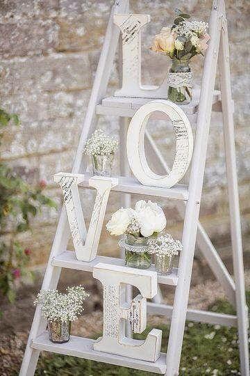 6 ideas para utilizar escaleras de madera en la decoración de tu boda | Bodas con detalle | Bloglovin'