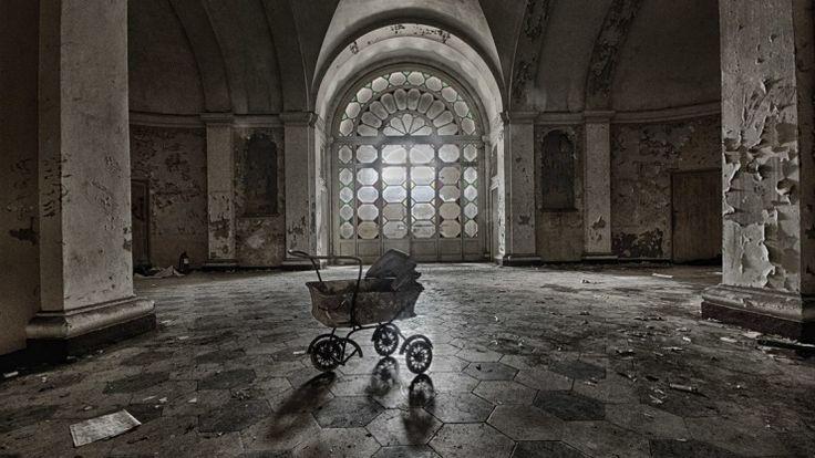 An verlassene Orte zieht es den Fotografen Ralf Pageler, der im Lingener Theater ausstellt. Foto: Ralf Rageler