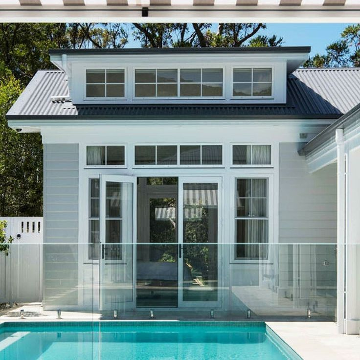 """This home is Hamptons heaven. @limebuildinggroup used Scyon Linea to achieve a Hamptons look that is brand new yet oozes old school charm. See all the details in our case study up now on our site. See the link in bio and click """"Case studies"""" for more.  #australianarchitecture #architecture #exterior #exteriordesign #scyonwalls"""