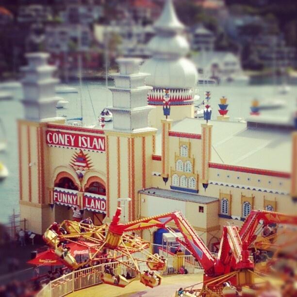 #lunapark #fairground #sydney #seeaustralia #coneyisland #themepark - @jpsled-