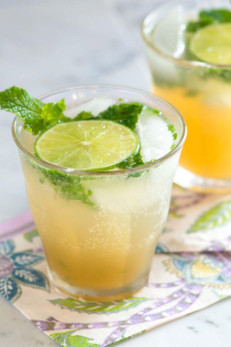 Classic Fresh Rum Mojitos Recipe Mixed Drinks Recipes Best Mixed Drinks Mojito