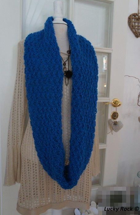 Free pattern (only in norwegian): Supersoft long cowl