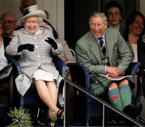 Best 25 Queen Elizabeth Laughing Ideas On Pinterest