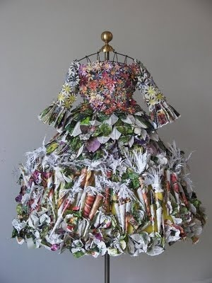 Linda Filley's couturier paper dresses using everything from discarded gift wrap to black and white newsprint, twisting, folding, rolling, and pleating them into these amazing costumes.