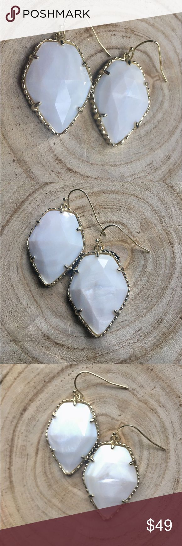 KENRA SCOTT MOTHER OF PEARL CORLEY Kendra Scott Corley. White and Gold. Dust bag included. Will include new rubber backings. Only selling these because I now have two pair. Bought another pair thinking I lost an earring. Found it in the couch yesterday. 😖 Kendra Scott Jewelry Earrings