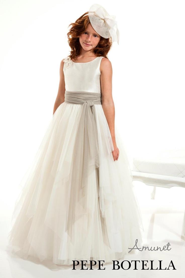 Mirando vestidos de  Primera Comunión? ¿Qué te parece éste vestido de Pepe Botella? ¿Te gusta?