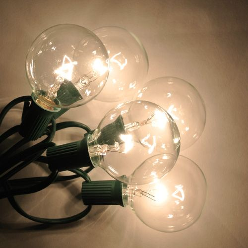 Globe Bulb String Lights Urban Outfitters : Best 25+ Globe string lights ideas on Pinterest Hanging globe lights, Outdoor globe string ...