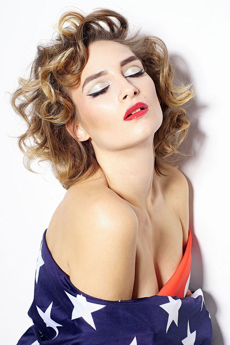 Zdjęcia: Arek Rząd / Studio Red Room  Makijaż/ włosy: Ivona Red/ Iwona Rząd