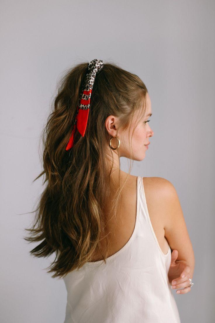 5 Ways To Style A Bandana Quick Easy Hair Tutorials Ig Valeria Lipovet Bandana Easy Hair Ig Lipove Hair Styles Hair Tutorials Easy Easy Hairstyles