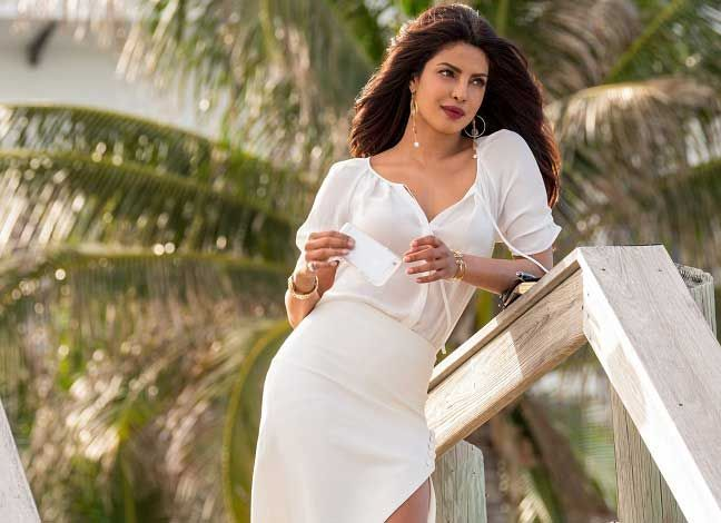Here Is A Complete List Of Priyankachopra Upcoming Hollywood And Bollywood Movies In 2019 2020 2021 W Priyanka Chopra Wallpaper White Dress Indian Actresses