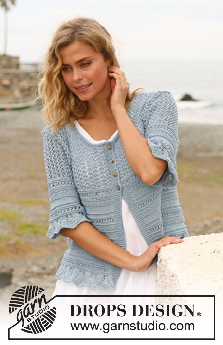 """Knitted DROPS jacket with textured pattern, wavy edge and ¾ sleeves in """"Muskat"""". Size: S - XXXL."""