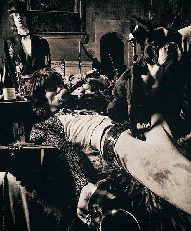 Beggars Banquet shoot, Rolling Stones, Swarkestone Manor, Derbyshire June 8 1968   Michael Joseph