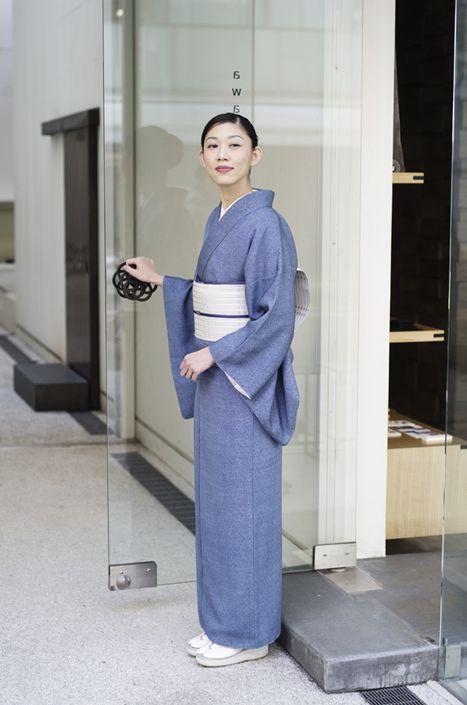 お洒落な普段着物、東京 六本木の帯,きものブランド awai 週末のお洒落着物/コーディネート   awai好みの江戸小紋