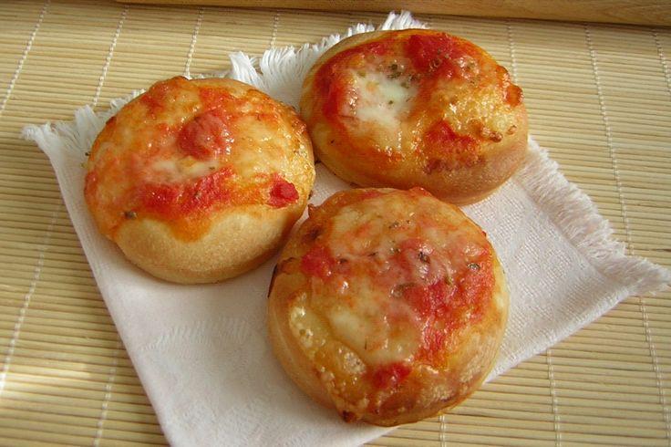 Pizzette+con+pomodoro+e+mozzarella
