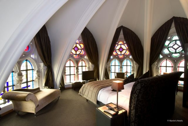 Transformation d'un monastère en hôtel chic | Mademoiselle Cécile - Design, Décoration, Architecture