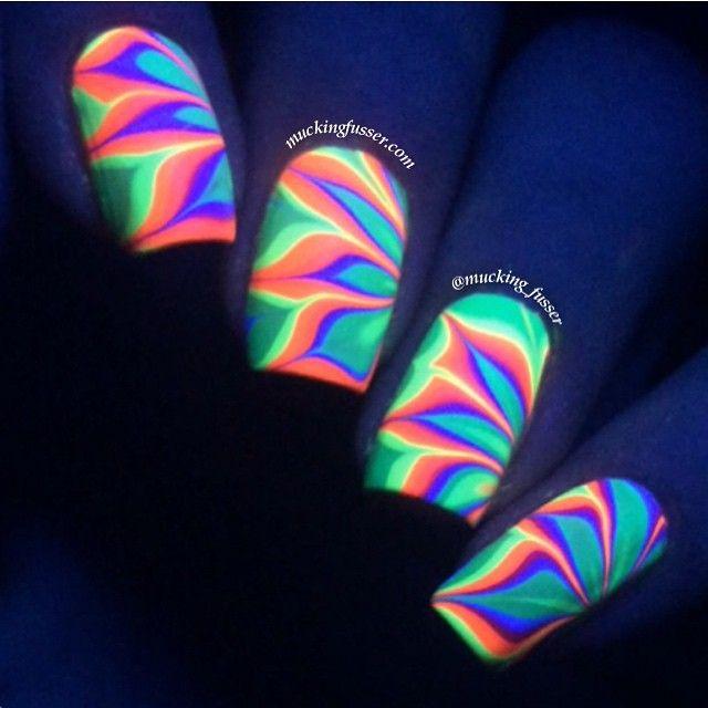 HOT neon water marble nail art