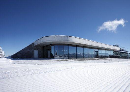 restaurant snow sky blue concrete glass architecture archdaily http://www.archdaily.com/303584/bergrestaurant-markus-innauer-bernd-frick/?utm_source=dlvr.it_medium=twitter