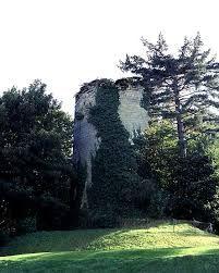 Hasil gambar untuk Le Château fort de Bethemont dit tour de Béthemont à Poissy