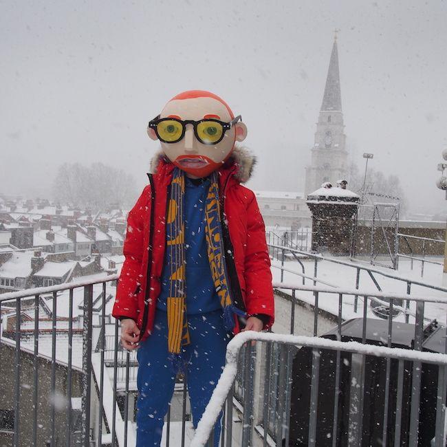 Winter Menswear Chic Geek #football #scarf #footballscarf #parka #geek #red #snow