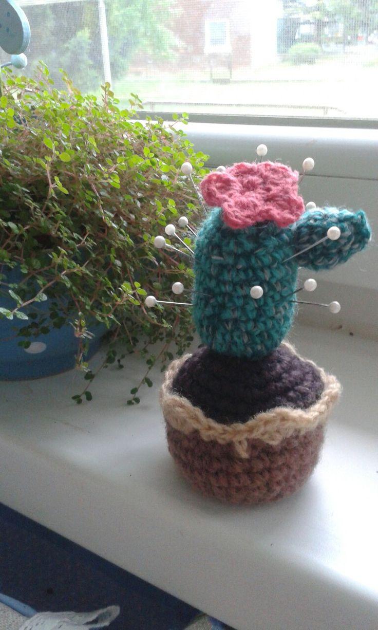 My first DIY crocheted pinkushion
