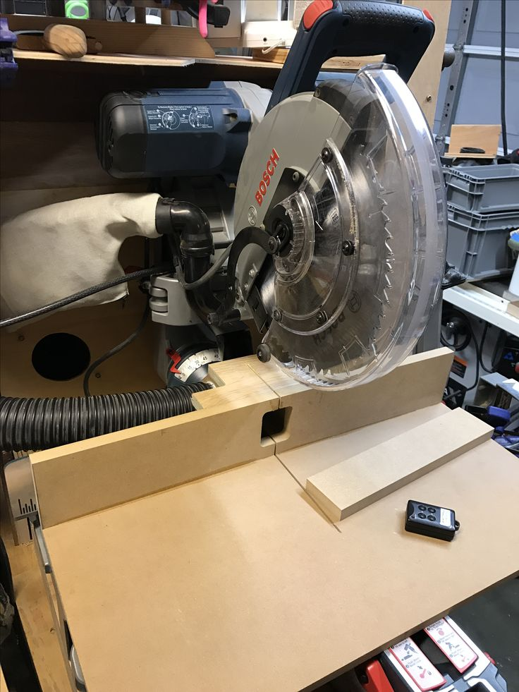 Bosch miter saw zero  clearance fence with 2.5 inch vacuum port