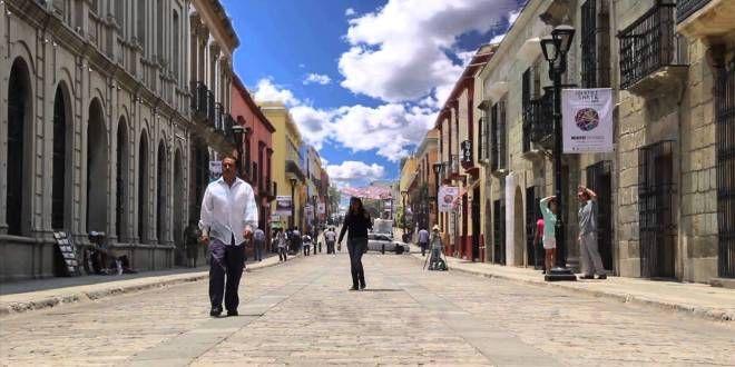 Oaxaca Digital   En riesgo más de 145 mil empleos del sector turístico por movilizaciones de Sección 22