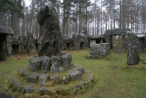 Druids temple, England More pagan, viking and nature things ☽☉☾