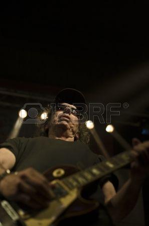 BADAJOZ 02 de marzo Los Porretas se realizan en la sala de conciertos M sica en vivo Aftas el 2 de m Foto de archivo