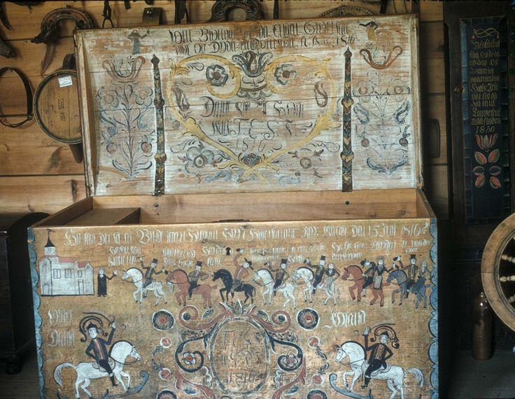 Kiste dekorert av Olav Hansson, Telemark (1750 - 1820) Norway
